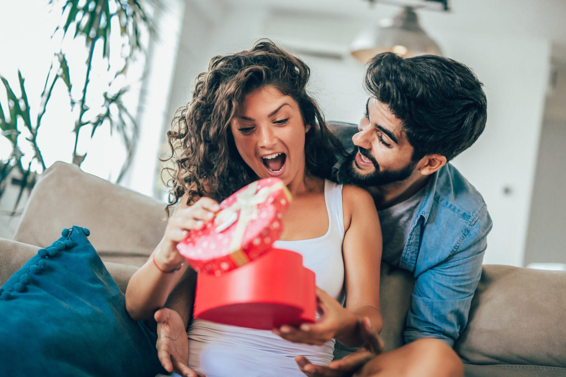 【予算別】女性が喜ぶ贈り物の選び方を徹底解説